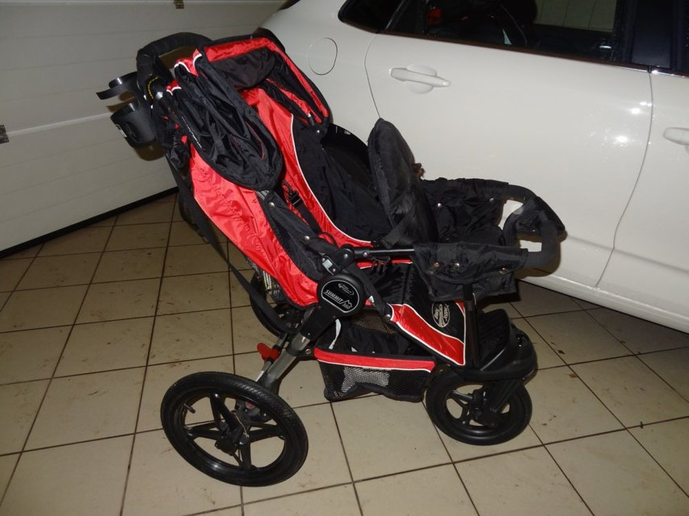 Baby Jogger Summit 360 Jogging Stroller Classified