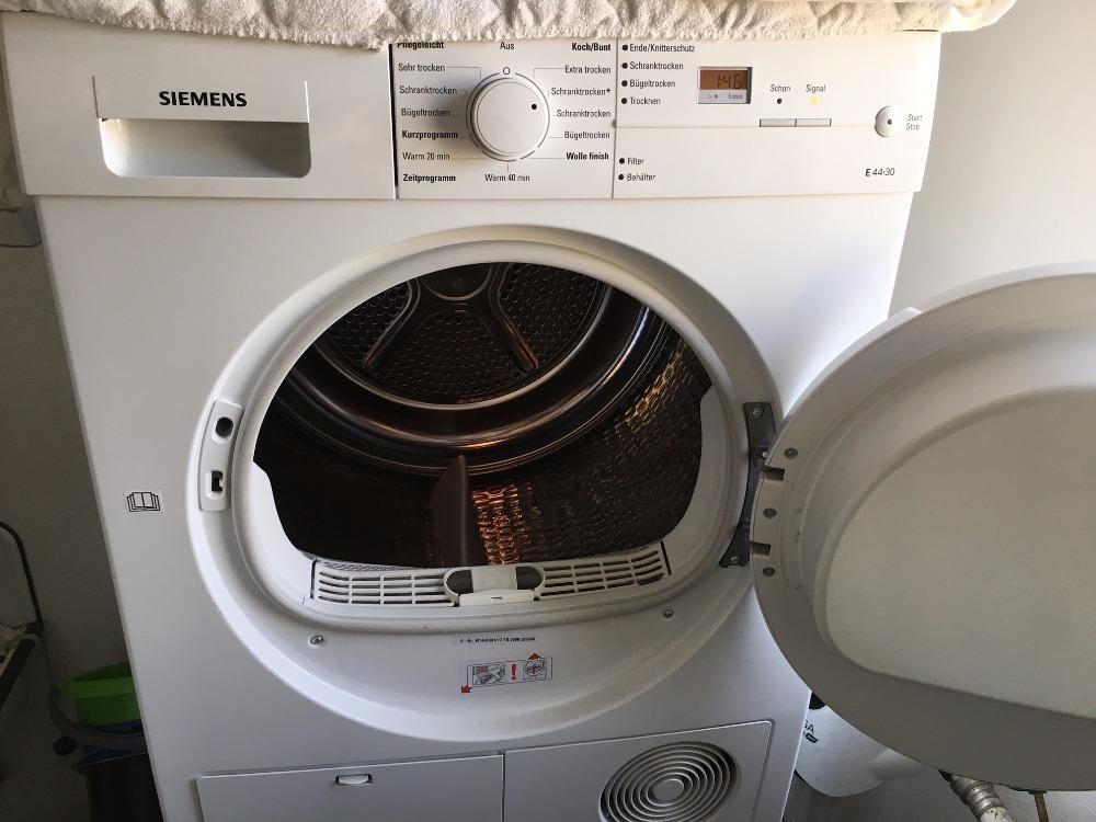 Loading Tumble Dryer ~ Siemens heat pump condenser tumble dryer kg load the